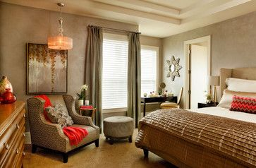 master bedroom color and nice use of accent colors