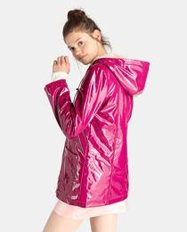Kumulativ Das Büro Alice  Chubasquero de mujer Easy Wear con capucha y forro de pelo | Rainy day  fashion, Pink raincoat, Fashion