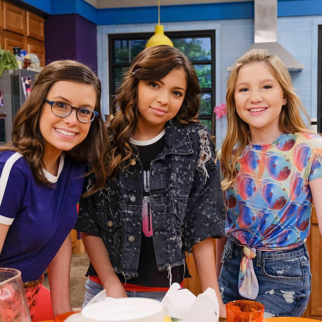 The Game Shakers are meeting the Henry Danger crew