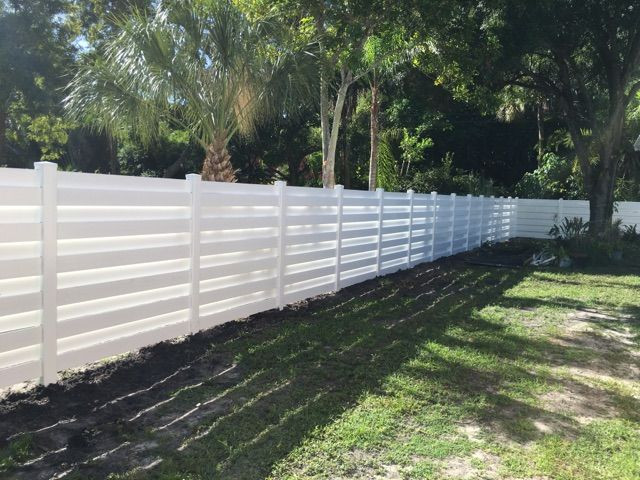 Vinyl Horizontal Shadowbox Fence White Vinyl Fence Shadow Box Fence Fence Design