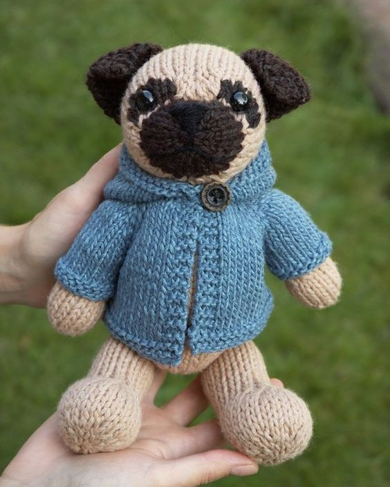 Pug with Anorak Knitting Pattern | Knitting patterns, Crocheted toys ...