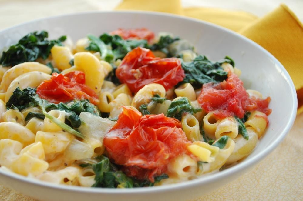 Monterey Jack & Macaroni With Spinach And Roasted Tomato | Foodie - Home