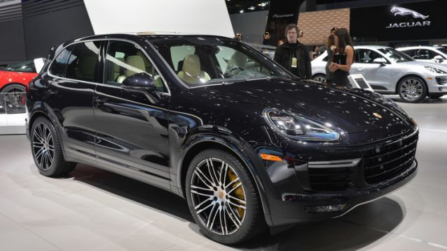 2018 Porsche Cayenne Turbo S E-Hybrid Model >> There Are Talks Heard Of The 2018 Porsche Cayenne Turbo S E And If