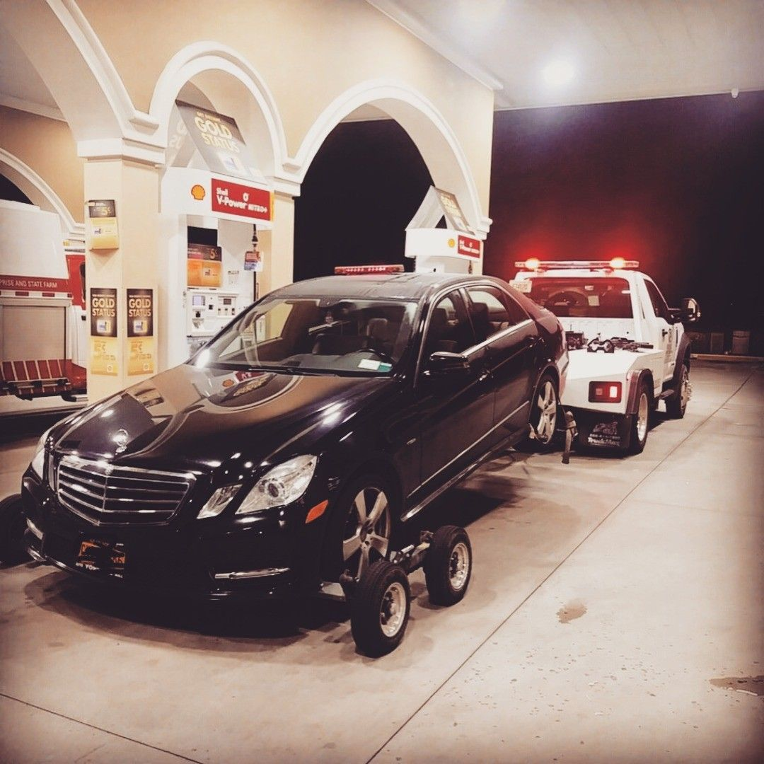 Luxury Auto Towing Available Towing Mercedes Mercedesbenz Truck Trucks Towingservice Towtruck Towinglife Miami Dora Luxury Cars Towing Service Towing