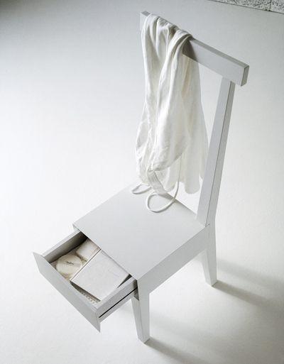 Usona Chair With Storage Drawer