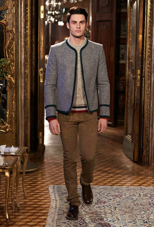 레디 투 웨어 - Métiers d'Art 2014/15 Paris-Salzburg - Look 25 - CHANEL