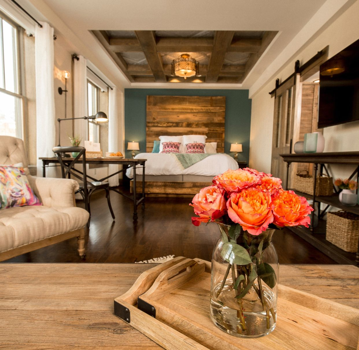 Pin By Jt S Nonsense Corner On Guest Bedroom Boarding House Ree Drummond Hotels Room #pioneer #woman #living #room