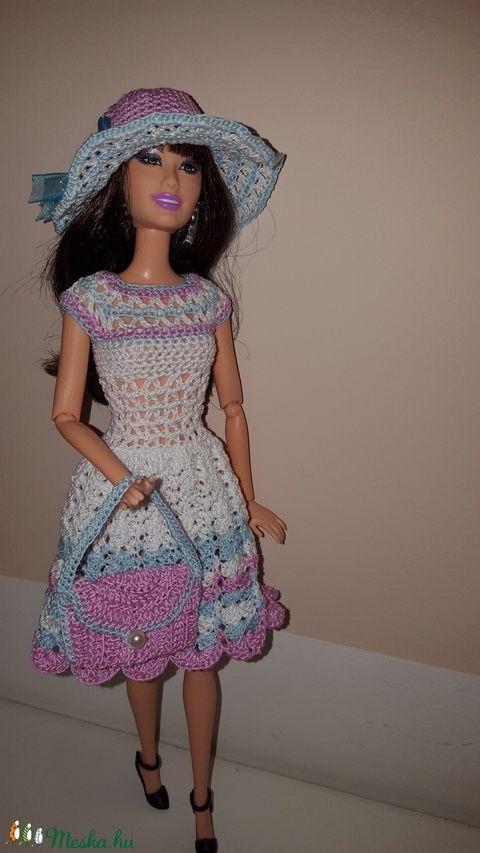 Barbie babaruha (alkas | Pinterest | Barbiekleidung, Puppen und Häkeln
