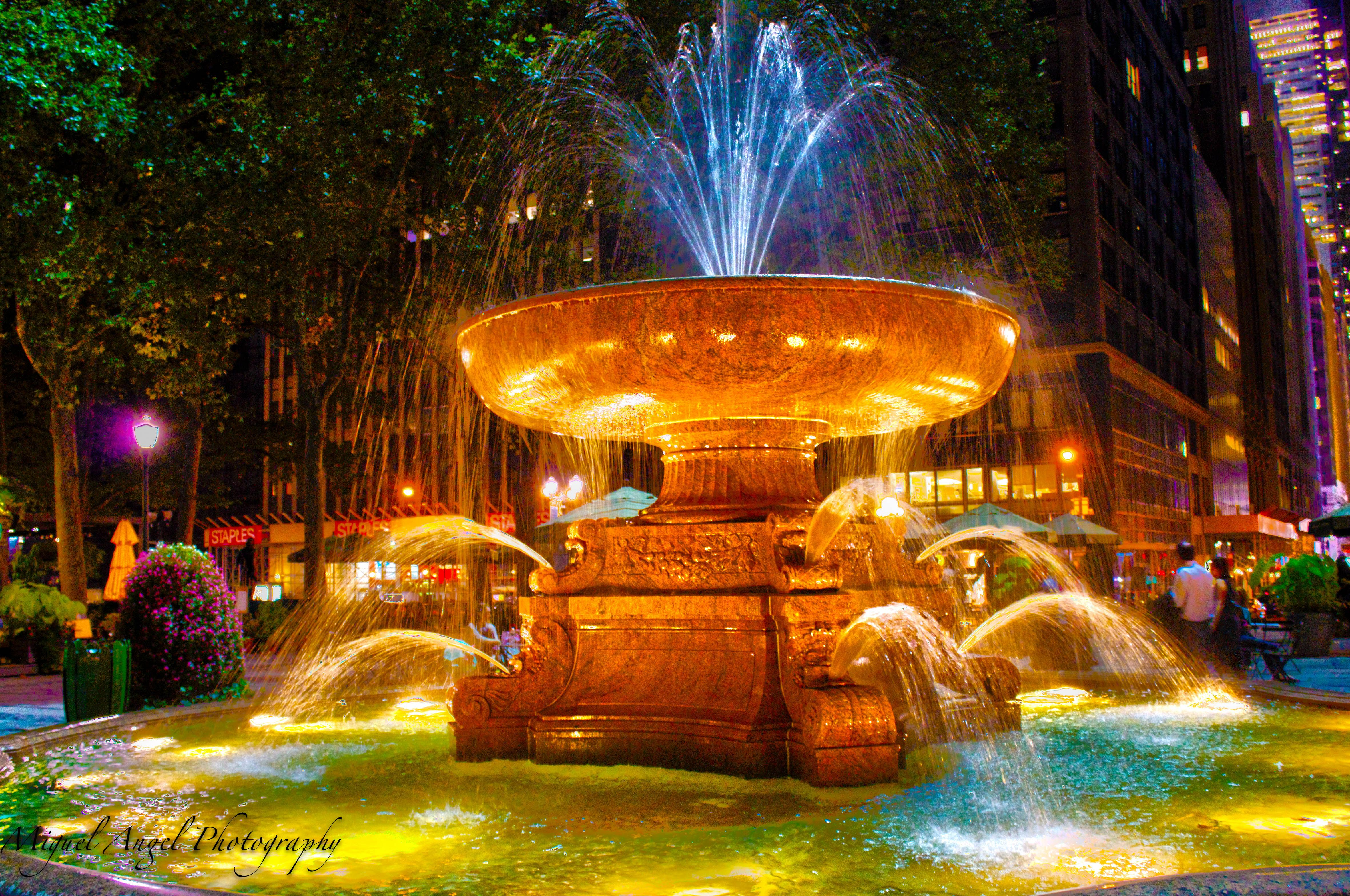 Fountain at Byrant Park NYC Travel usa, Bryant park nyc