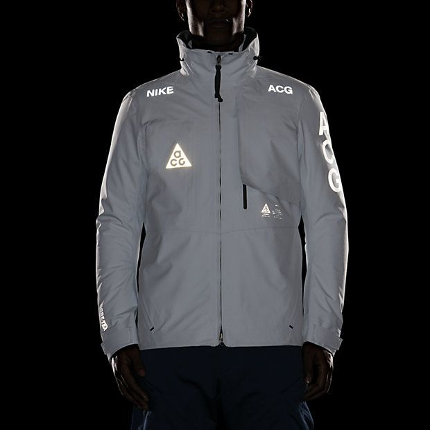 d6911c5cb651 NikeLab ACG 2 in 1 System Men s Jacket