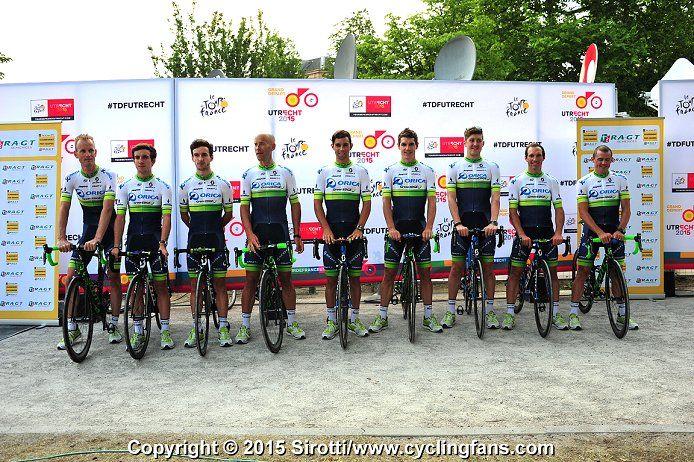 2015 Tour de France Teams Presentation Photos | www.cyclingfans.com