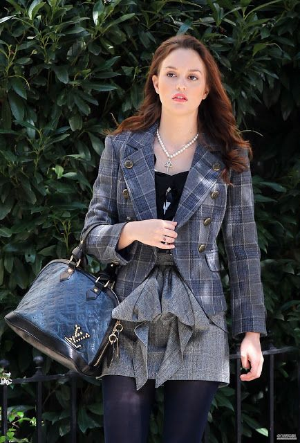 PLEASE LIKE THIS PAGE https://www.facebook.com/cloeclo12   Gossip Girl
