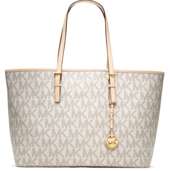 Brand new MK TRAVEL TOTE Perfect condition MICHAEL KORS