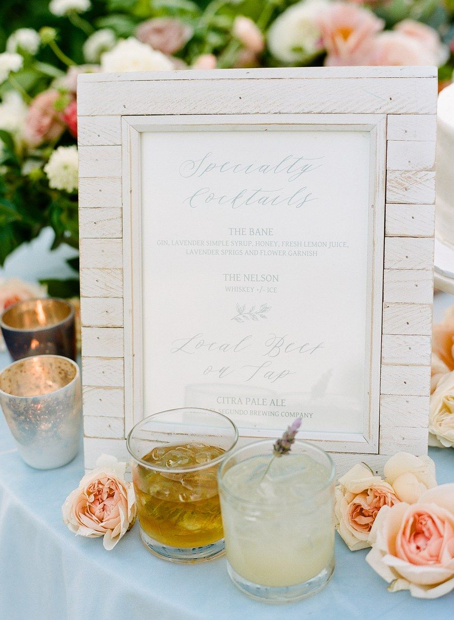 With a garden party theme, this bride put fresh blooms on everything ...