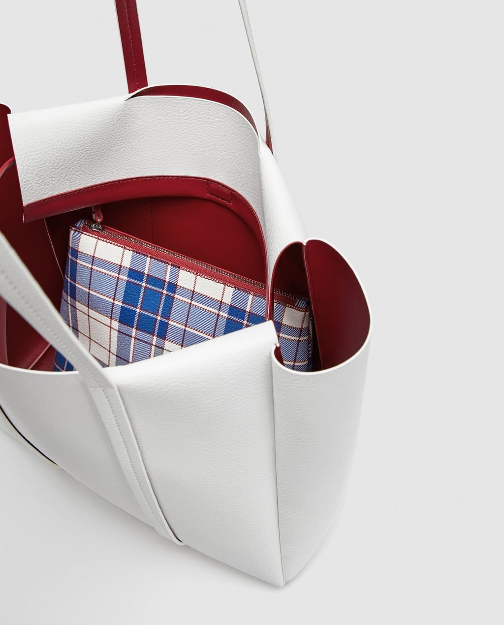 a0c17aff2db Image 6 of REVERSIBLE TOTE BAG WITH VERTICAL LINES from Zara | Want ...