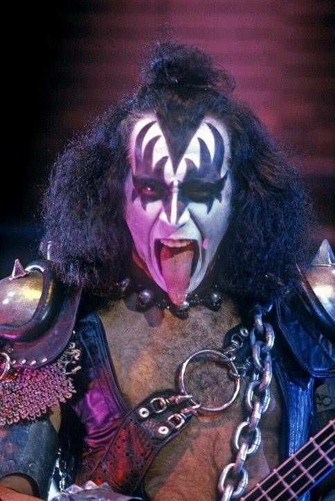 Pin By Lee Thomson On Gene Creatures In 2019 Gene Simmons Kiss