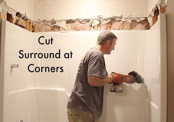 How To Remove A Fiberglass Bathtub And Surround Bathtub Surround Cleaning Painted Walls