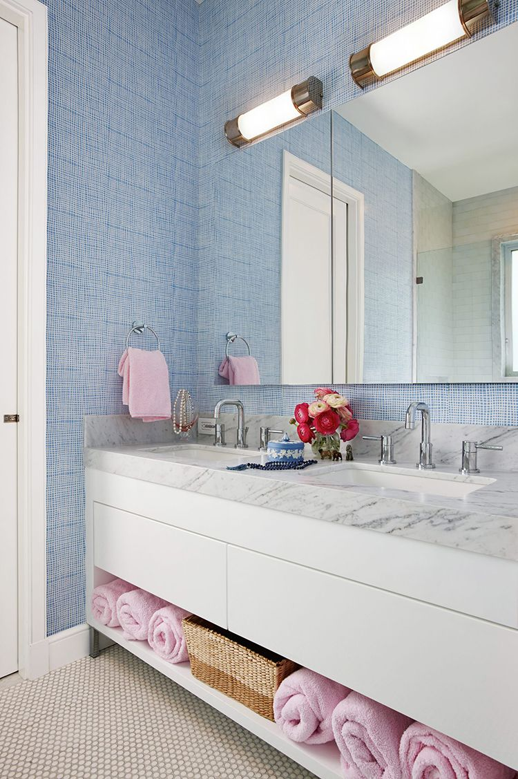 Bathroom Decorating Ideas. Blue wallpaper and pink in a marble ...