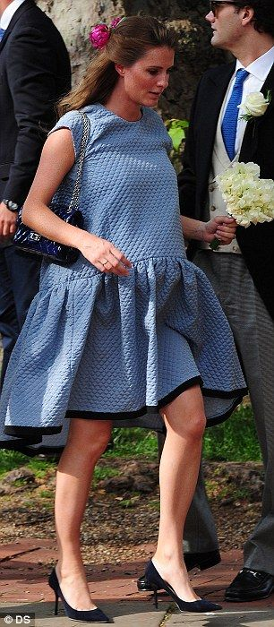 Pregnant Chloe Delevingne Wore The 1 500 Cloud Dress Designed By Victoria Beckham To Sister Poppy S Wedding