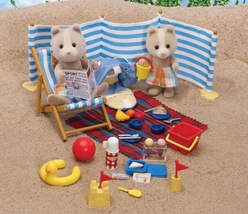 Sylvanian-Families-Day-at-the-Seaside-Set-4870-New