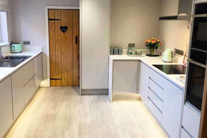 An innova luca gloss dove grey kitchen httpdiy kitchens an innova luca gloss dove grey kitchen httpdiy solutioingenieria Gallery
