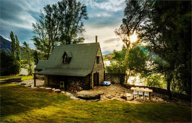 Queenstown Cottage Accommodation Barn At Lake Hayes Holiday Cottage Cottage Rental New Zealand Holidays