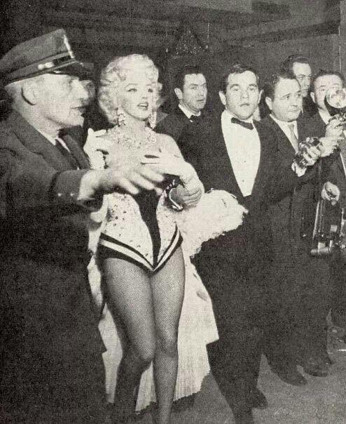 Marilyn n Milton Greene