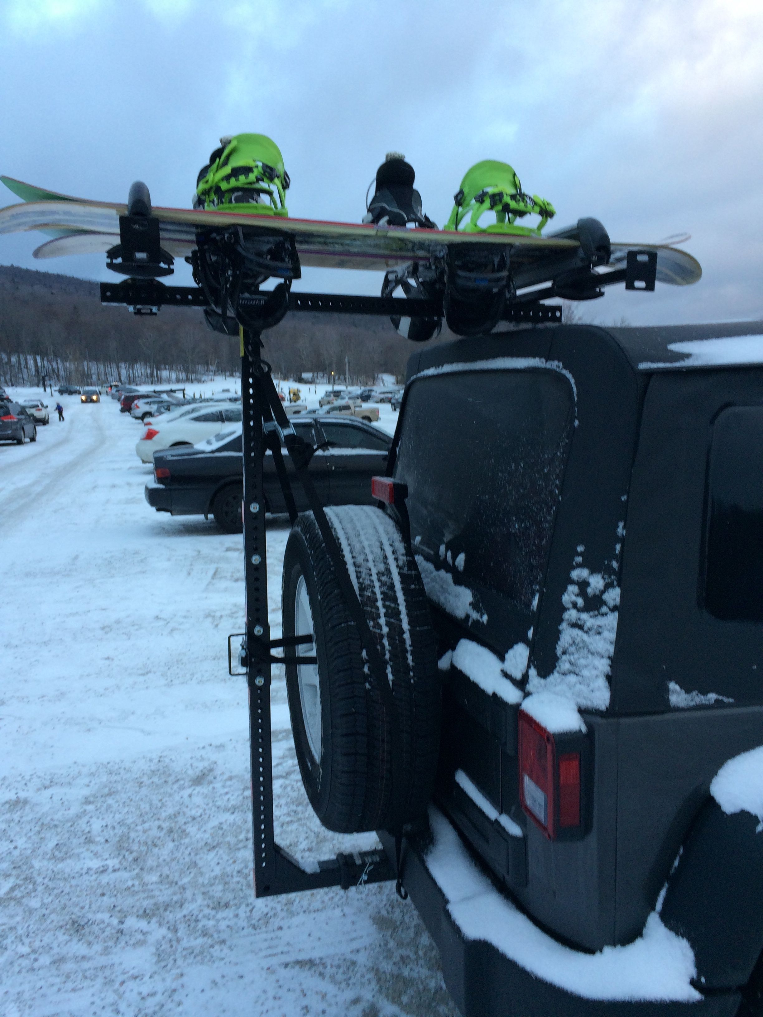 Hitchmount Rack And Snowboards It S A Match Jeep Racks Cool Jeeps Kayak Rack