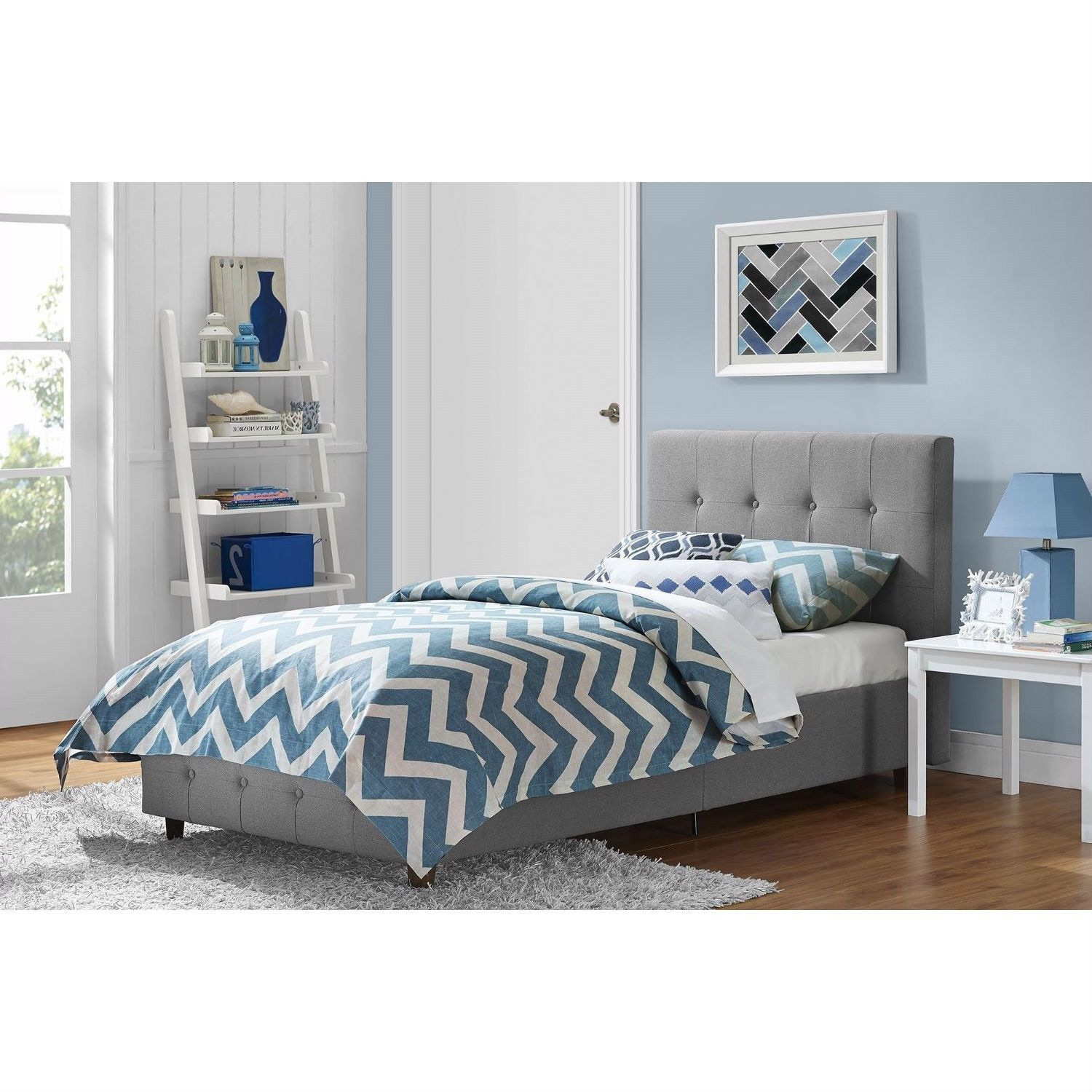 Size Grey Upholstered Platform Bed Frame with Button-Tufted Headboard