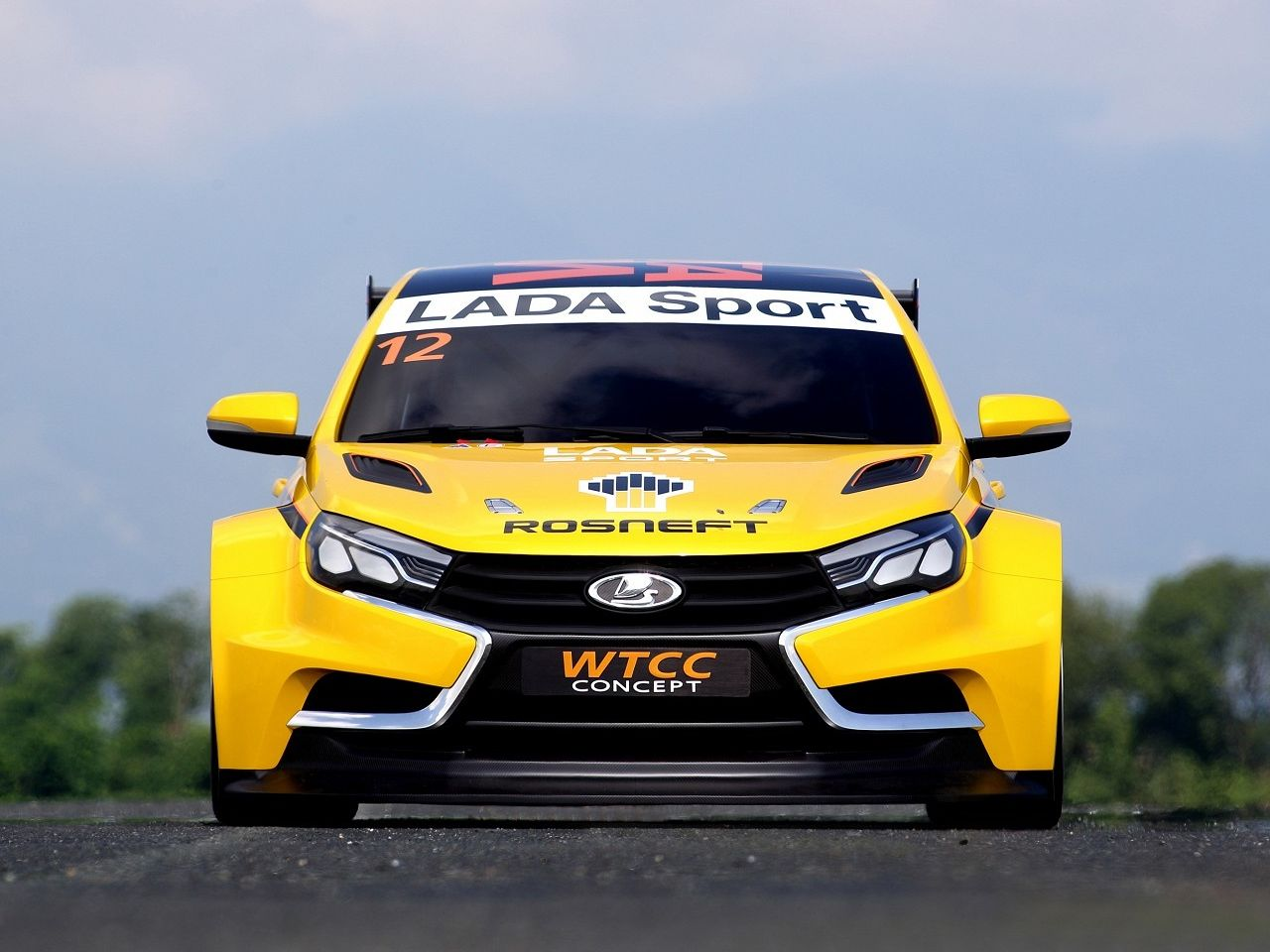 Lada Unveils Vesta WTCC Racing Car Concept and It\'s Very Yellow ...