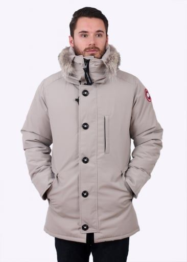 canada goose chateau jacket limestone clothing canada goose rh pinterest com