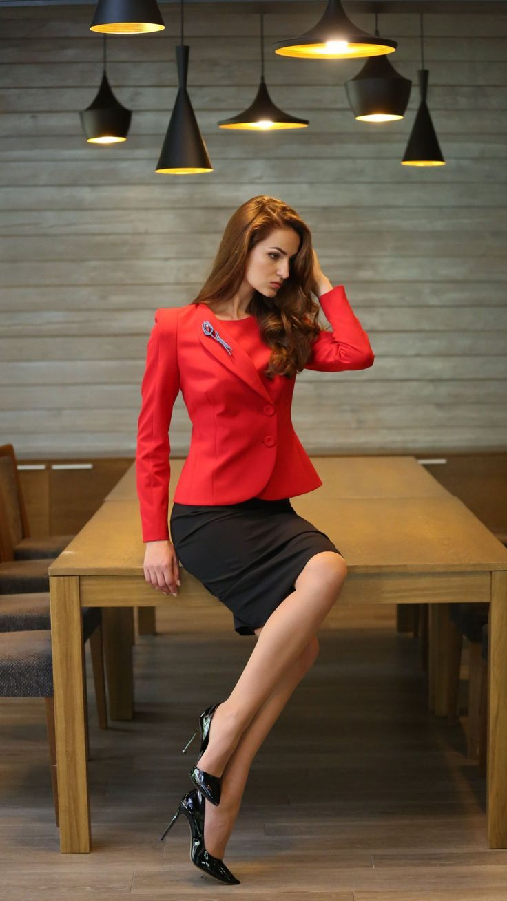 Office Legs In Skirt Suits Explore Content Womens Cly Skirtsuit And More