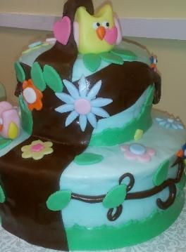 Happi Tree owl cake