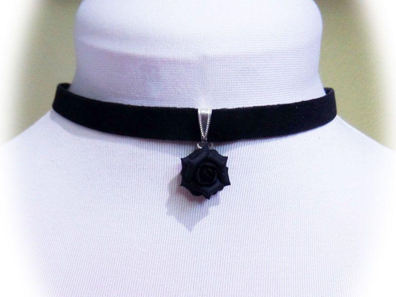 Rose Black Velveteen Choker