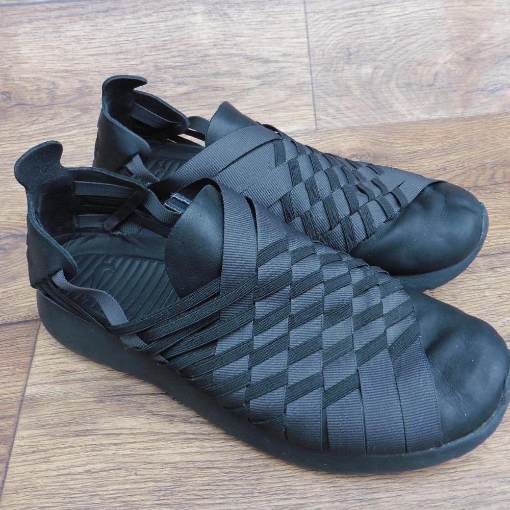 SIZE UK 6 NIKE WOMEN'S ROSHE RUN 2.0 BLACK LEATHER GREY TEXTILE WOVEN TRAINERS | Nike women. Black leather. Black
