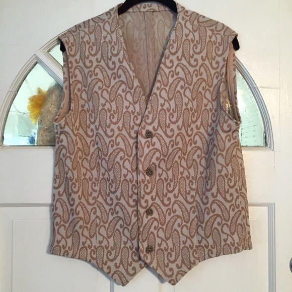 Vintage Ladies Vest. Tan paisley. Size M/L. EUC. Vintage Ladies Vest. Tan paisley. Size M/L. EUC.   No tag inside. Vintage Jackets & Coats Vests