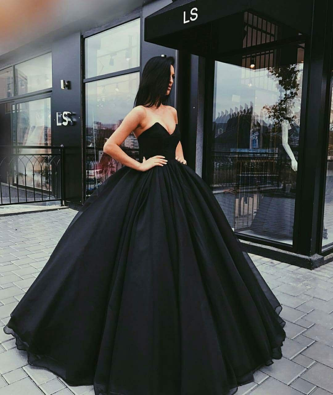 Pinterestrhirhinno r o b e s pinterest prom gowns and clothes