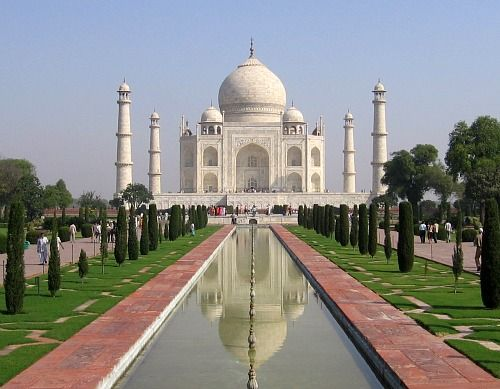 Taj Mahal India: A Journey to one of the Seven Wonders of the World