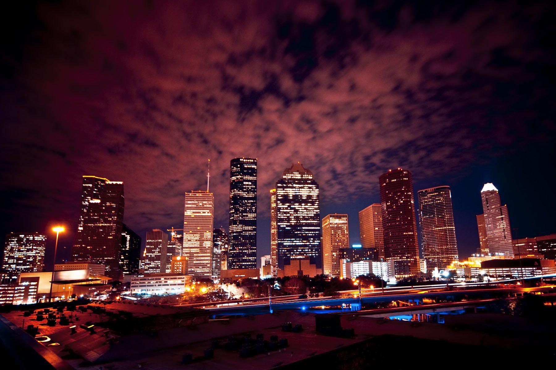houston skyline at night in the city down on main street pinterest houston skyline texas. Black Bedroom Furniture Sets. Home Design Ideas