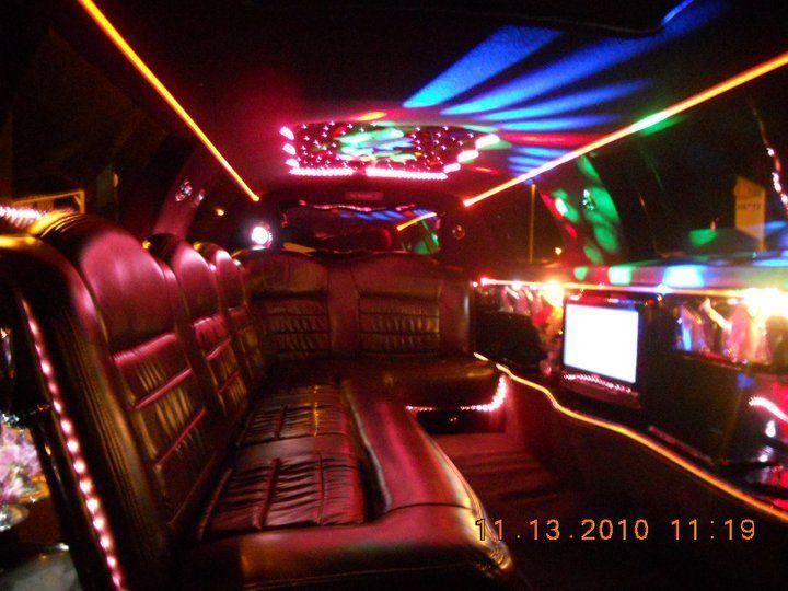 Inside Of A Chrysler 300 Limousine 12 Passenger Chrysler 300