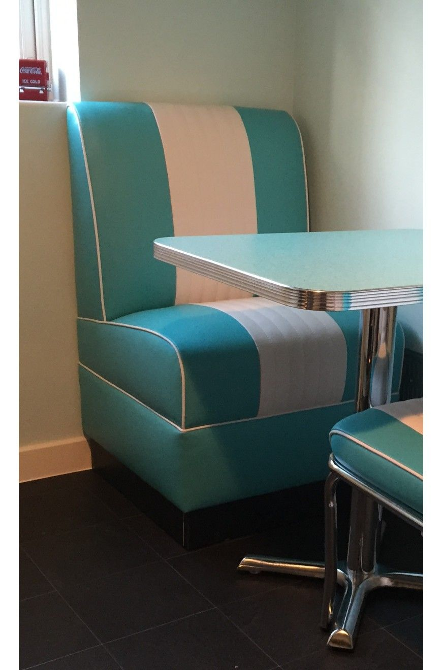 American Diner style retro kitchen small mini booth seating | tabby ...