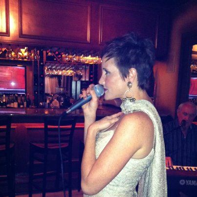 THE LOVELY AMY HATFIELD PERFORMING AT BARETTIS