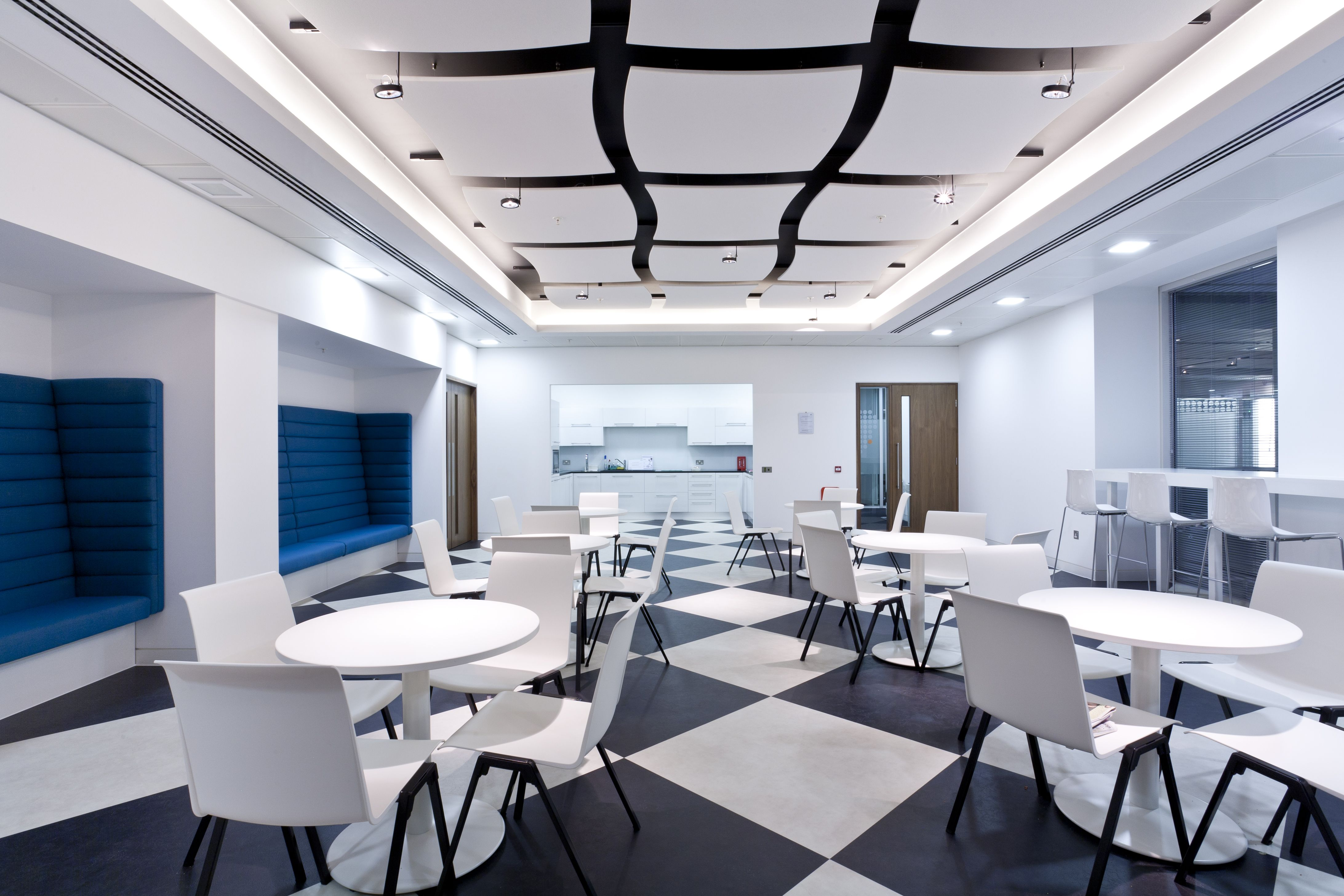 Optima canopy by armstrong iida oregon iidaor ceilings for Office ceiling design