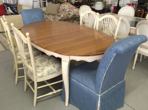 Ethan Allen Country French Distressed Dining Table 6 Chairs Mint