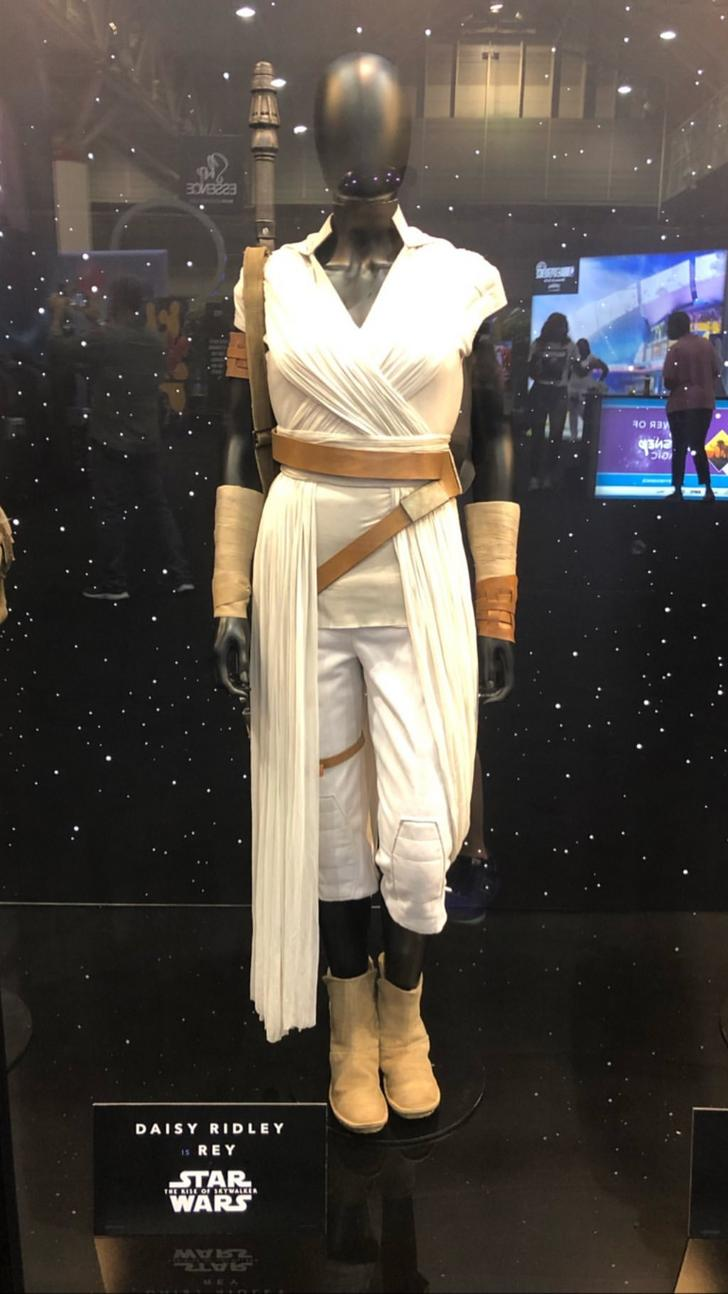 The Rise Of Skywalker Costumes Star Wars Outfits Star Wars Costumes Star Wars Costumes Adults
