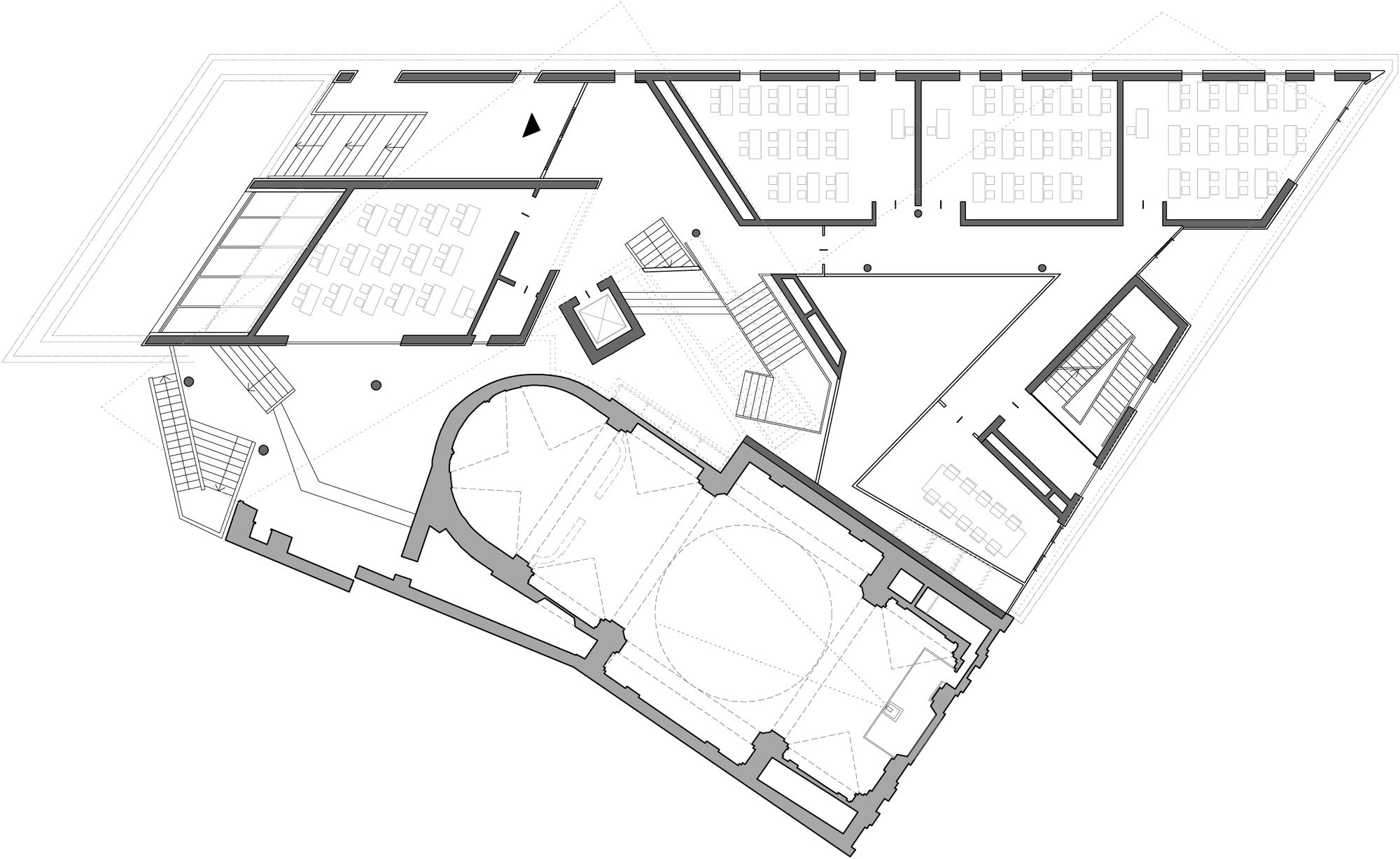Nova Escola em Piazza Delle Erbe / PFP Architekten