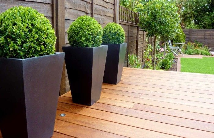 Tree Balls In The Modern Large Patio Planters : Creative And Nice Design For Your Patio Or Garden