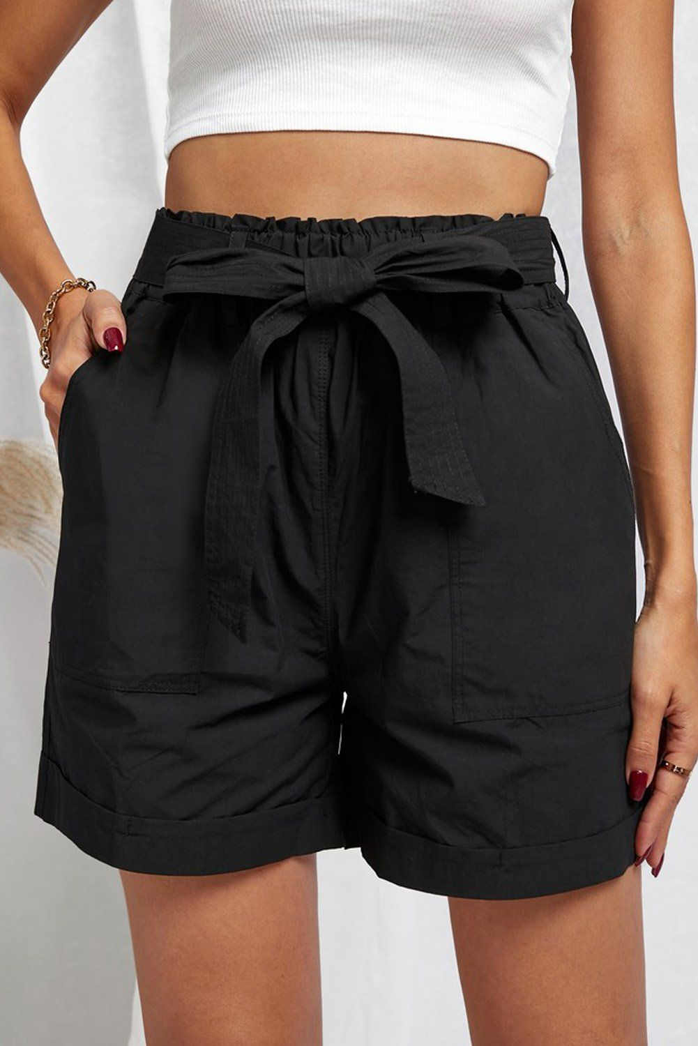 Sewn Cuffed Hemline Pocketed Cargo Shorts with Belt - Black / M / 100%Polyester