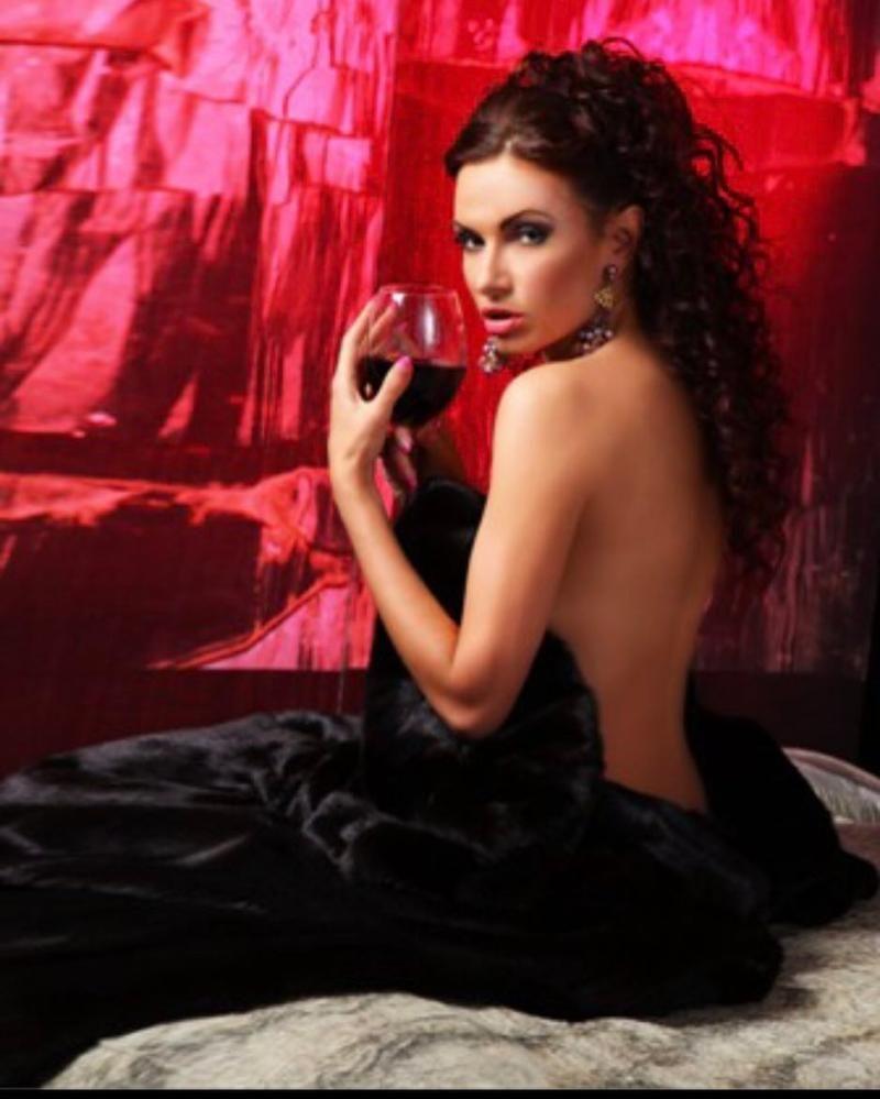 Порно фото сати казановы все плохое о ней