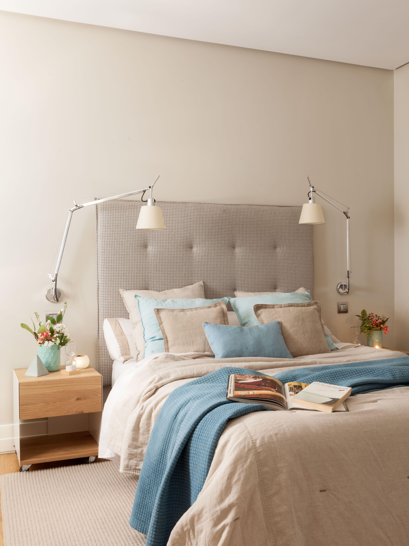 Detalle de cabecero en dormitorio decorado por natalia for Decoracion de la pared para el dormitorio